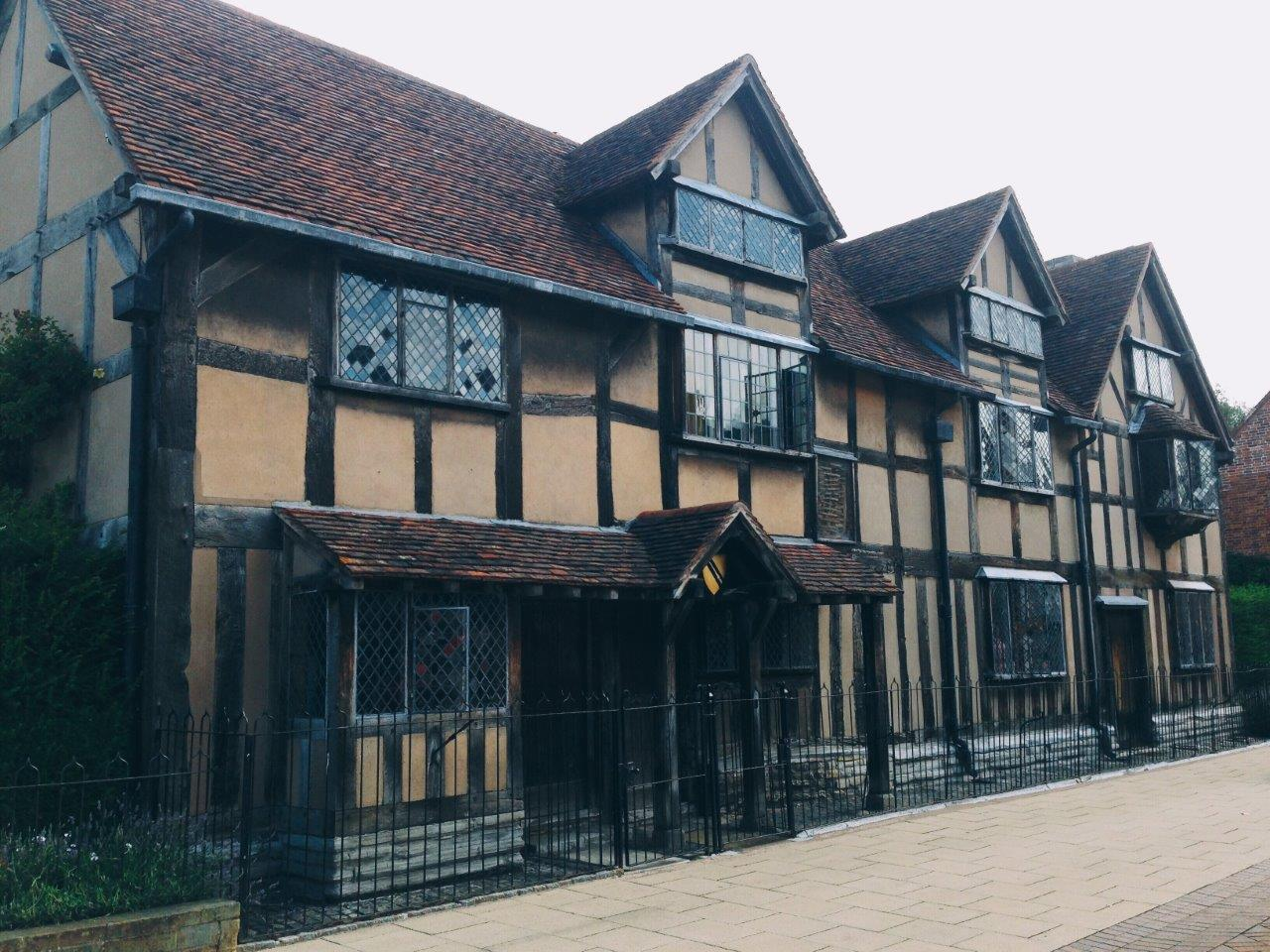 How to Spend a Day in Stratford