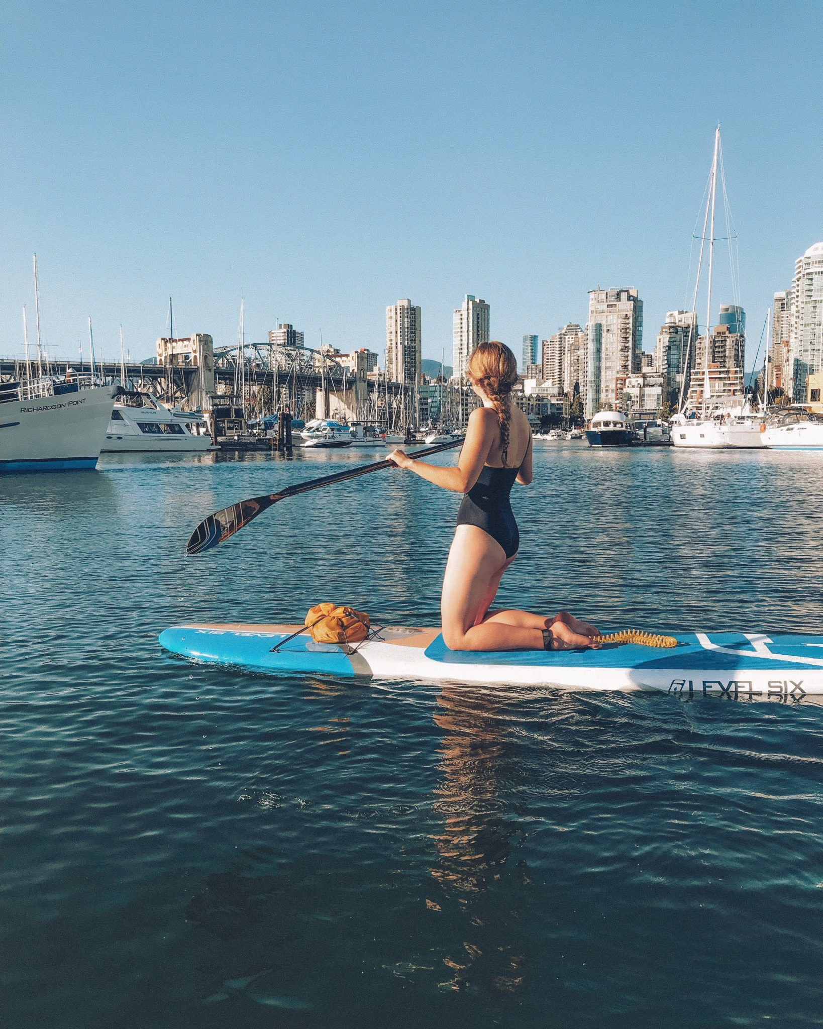 jana meerman false creek vancouver paddleboarding