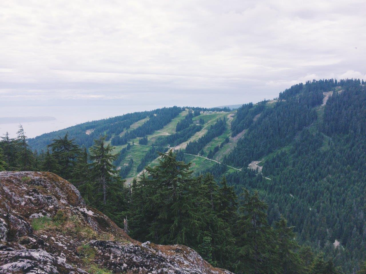 jana meerman mount fromme hike