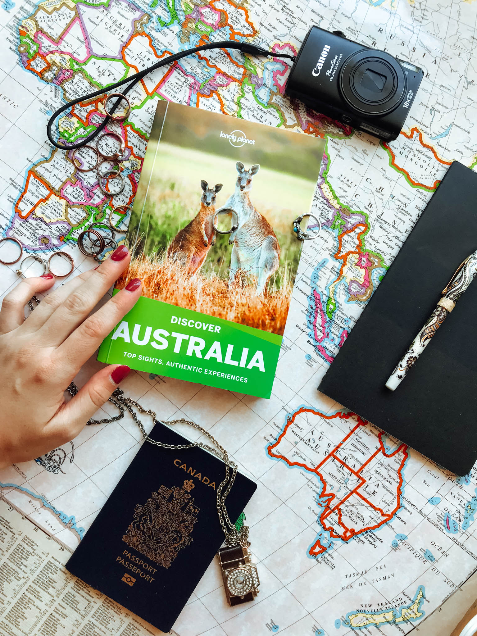 jana meerman australia flatlay lonely planet-6