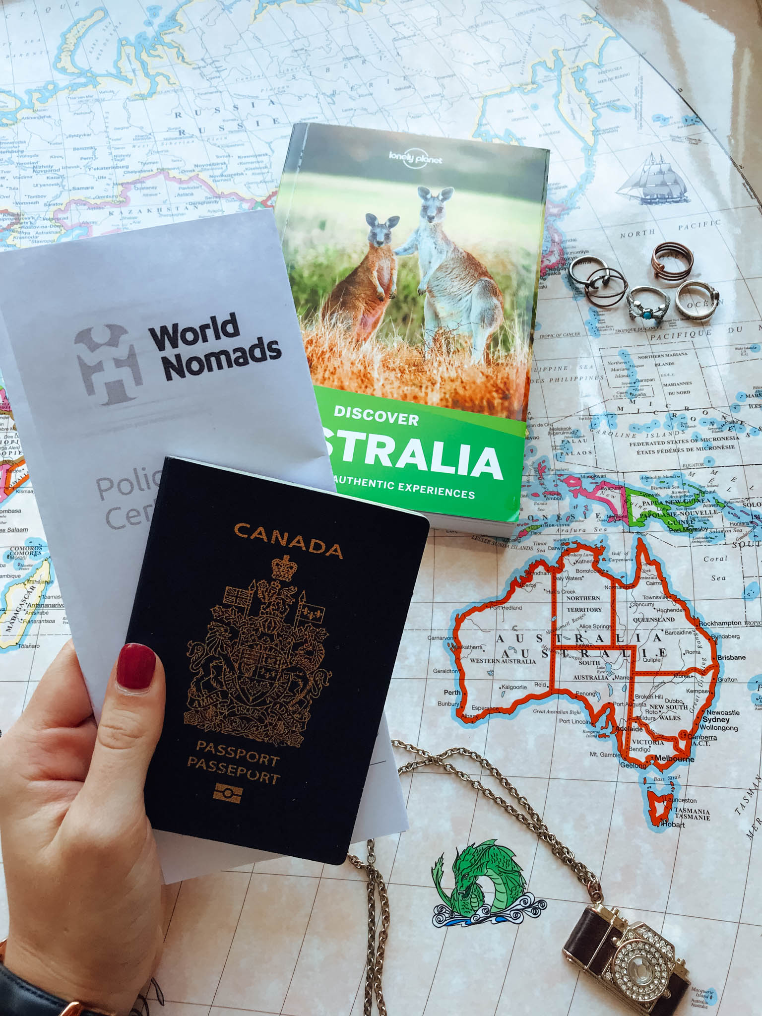 jana meerman australia flatlay lonely planet-7