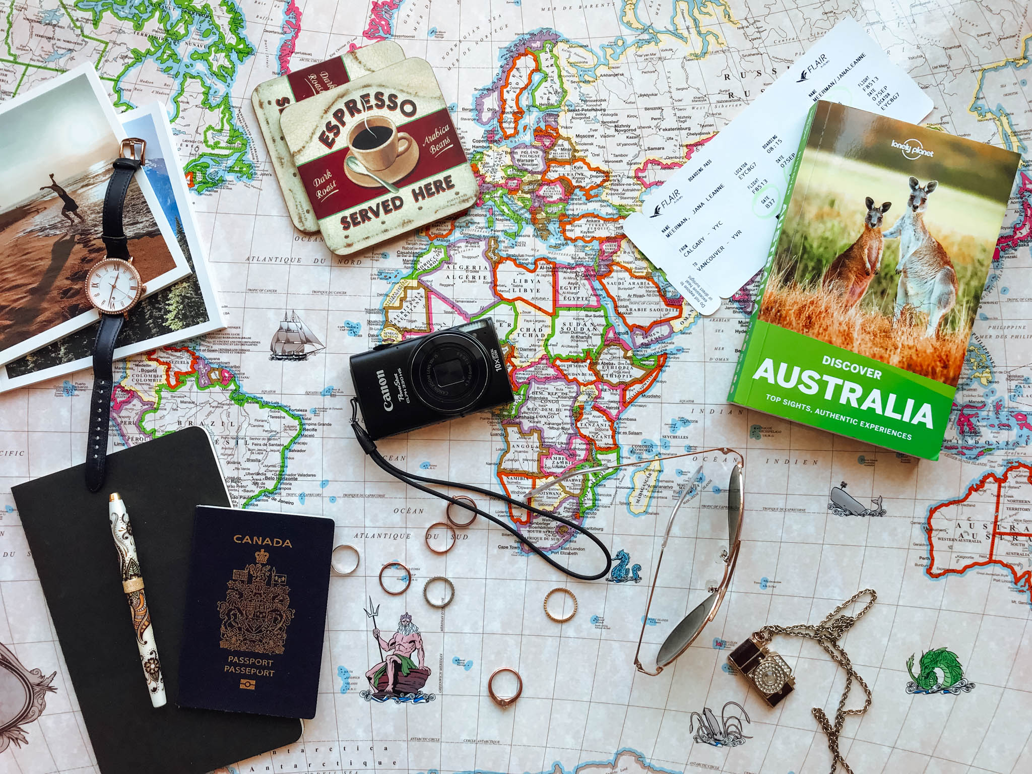 jana meerman australia flatlay lonely planet-9