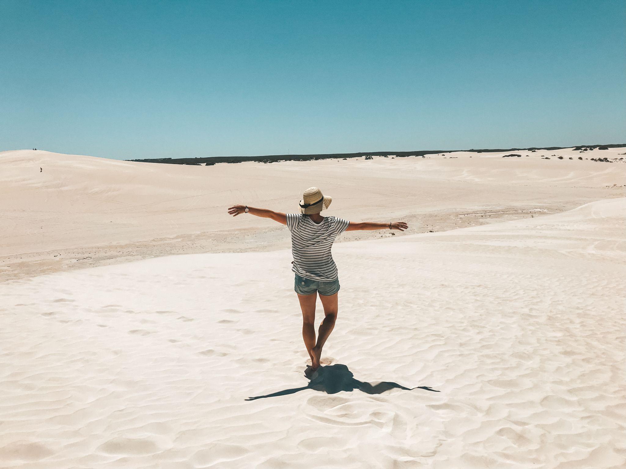 jana meerman lancelin sandboarding australia (2)