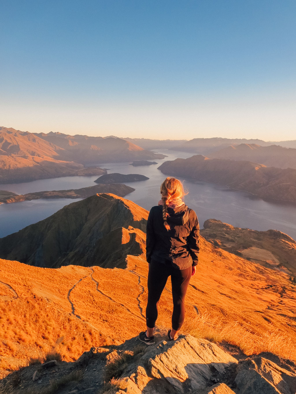 jana meerman roy's peak wanaka (4)