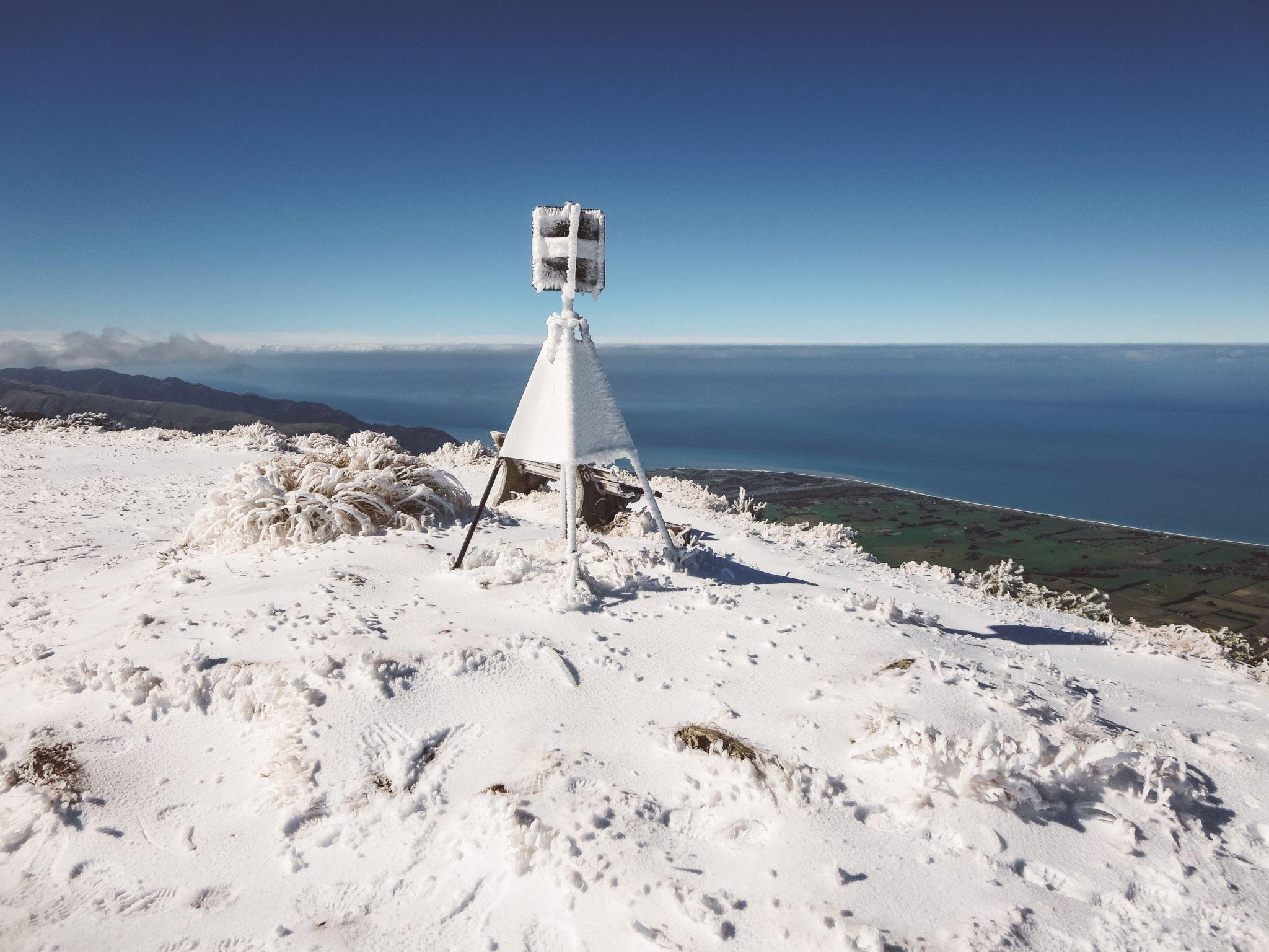 jana meerman mount fyffe hike kaikoura (16)
