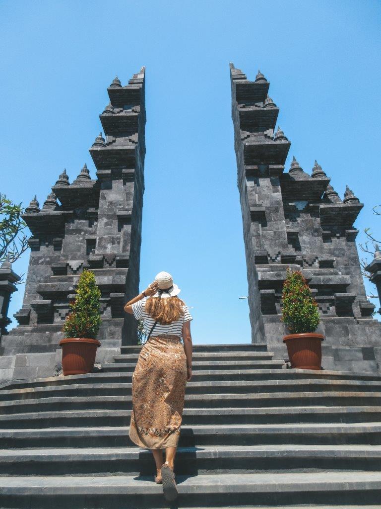jana meerman brahma arama vihara temple lovina bali (11)