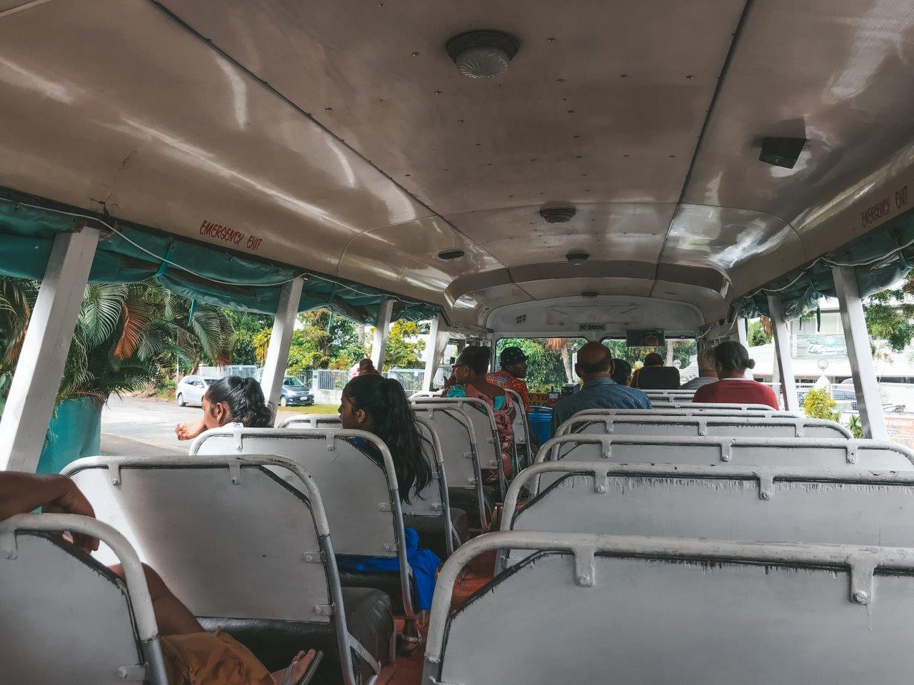 jana meerman bus nadi fiji (1)