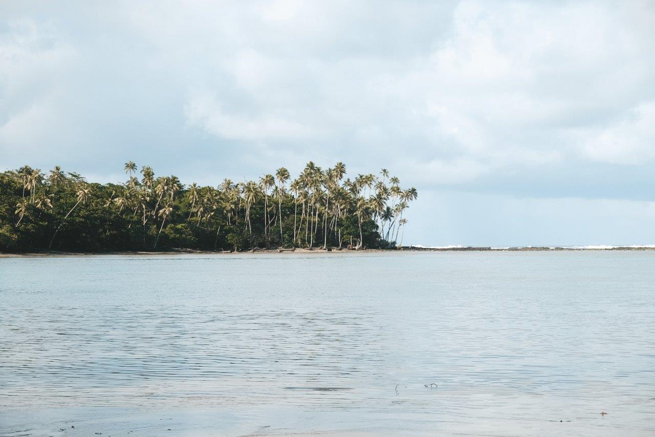 jana meerman beach savaii samoa (6)