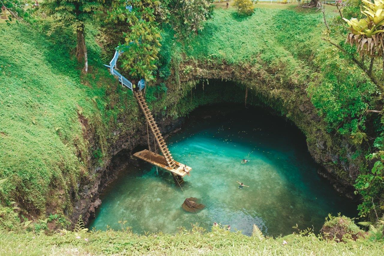jana meerman to sua ocean trench samoa (1)