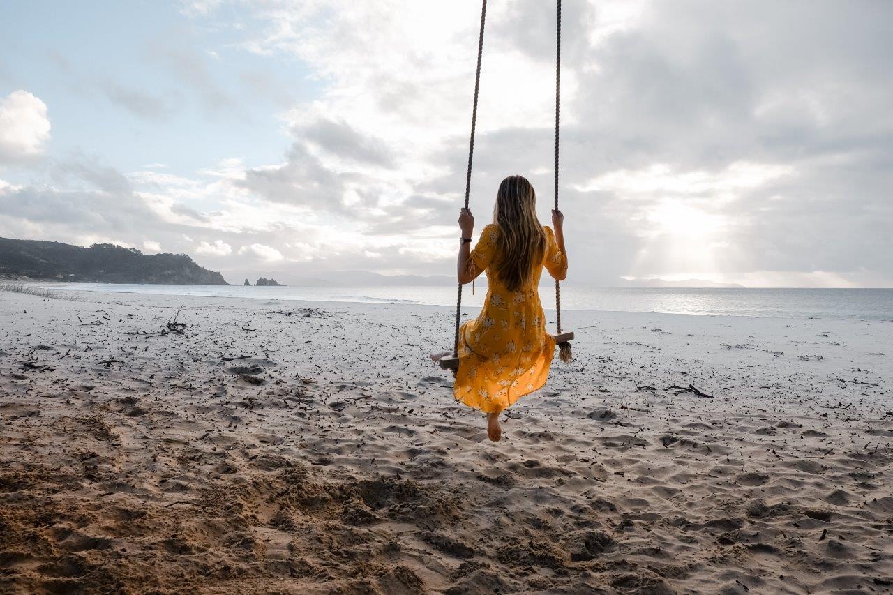 jana meerman otama beach swing coromandel (1)