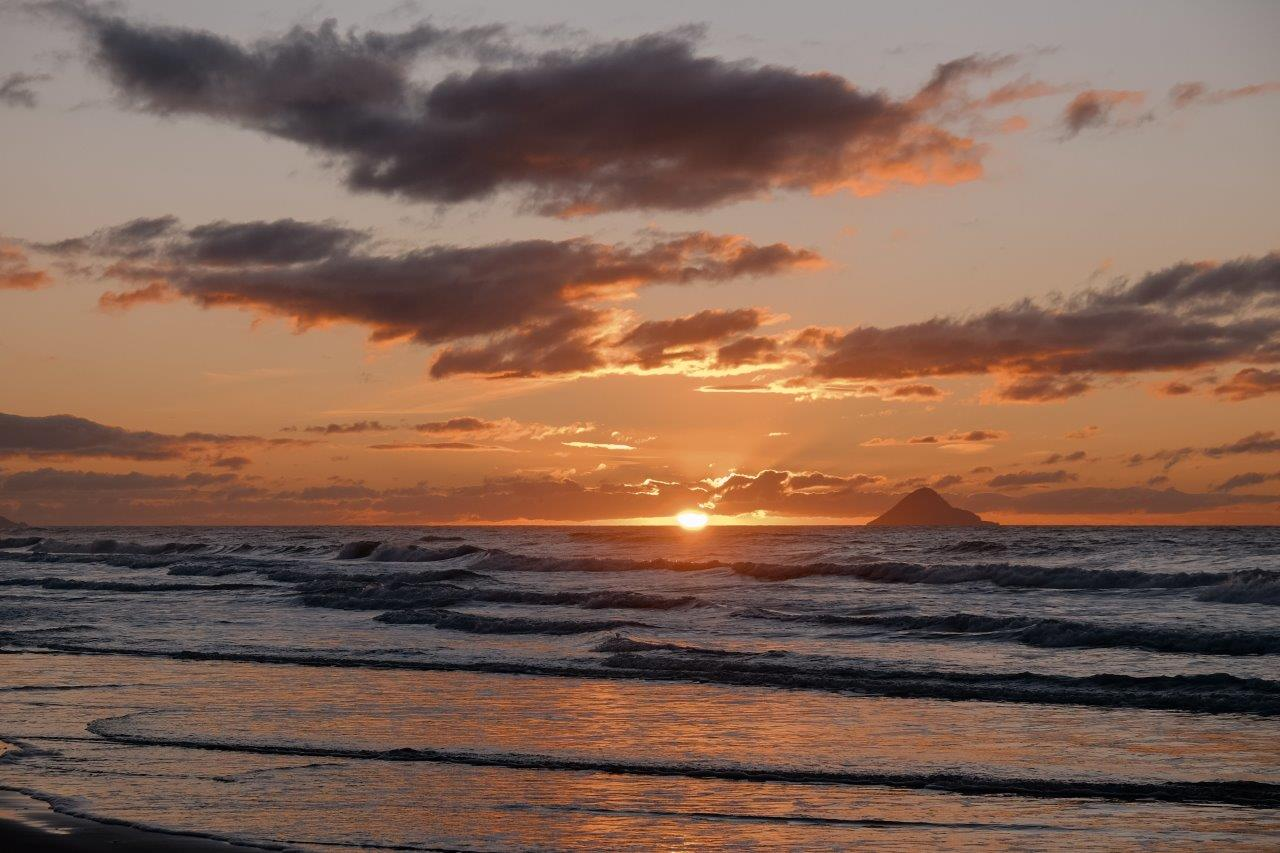 jana meerman waiotahe beach sunset (3)