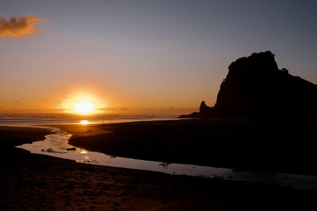jana meerman piha sunset (1)