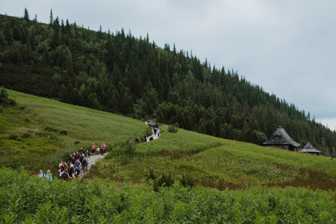 jana meerman czarny staw gasienicowy tatra national park (3)